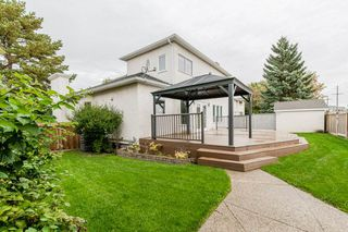 Photo 41: 215 HEAGLE Crescent in Edmonton: Zone 14 House for sale : MLS®# E4214163