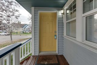Photo 3: 3051 TRELLE Crescent in Edmonton: Zone 14 House for sale : MLS®# E4217189