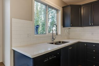 Photo 10: 3051 TRELLE Crescent in Edmonton: Zone 14 House for sale : MLS®# E4217189