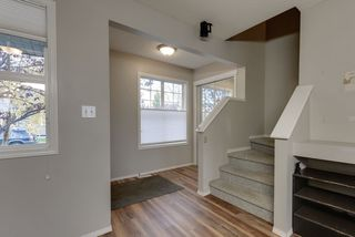 Photo 4: 3051 TRELLE Crescent in Edmonton: Zone 14 House for sale : MLS®# E4217189