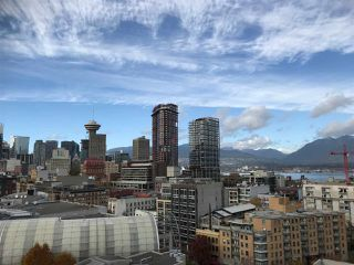 """Photo 8: 1706 550 TAYLOR Street in Vancouver: Downtown VW Condo for sale in """"THE TAYLOR"""" (Vancouver West)  : MLS®# R2514059"""