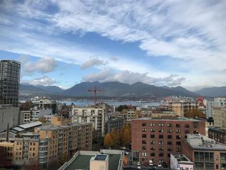 """Photo 9: 1706 550 TAYLOR Street in Vancouver: Downtown VW Condo for sale in """"THE TAYLOR"""" (Vancouver West)  : MLS®# R2514059"""