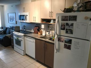 """Photo 4: 1706 550 TAYLOR Street in Vancouver: Downtown VW Condo for sale in """"THE TAYLOR"""" (Vancouver West)  : MLS®# R2514059"""