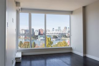 Photo 2: 1206 1618 QUEBEC STREET in Vancouver: Mount Pleasant VE Condo for sale (Vancouver East)  : MLS®# R2496831