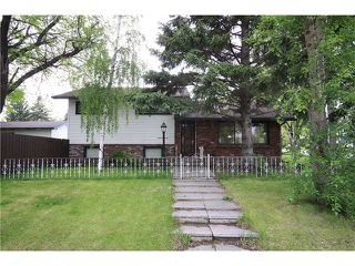 Main Photo: 2703 43 Street SW in CALGARY: Glenbrook Residential Detached Single Family for sale (Calgary)  : MLS®# C3480086