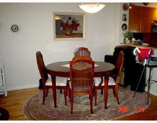 Photo 3: 2276 REDBUD Lane in Vancouver West: Kitsilano Home for sale ()  : MLS®# V689136