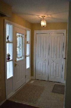 Photo 2: 8 O'dell Court in Ajax: South East House (Backsplit 4) for sale : MLS®# E2888579