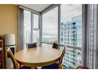 "Photo 11: 2302 1077 MARINASIDE Crescent in Vancouver: Yaletown Condo for sale in ""MARINASIDE RESORT"" (Vancouver West)  : MLS®# V1066031"