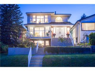 Photo 2: 15 N ELLESMERE Avenue in Burnaby: Capitol Hill BN House for sale (Burnaby North)  : MLS®# V1070757