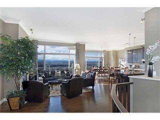 Photo 8: 190 GLENEAGLES ESTATES Lane: Cochrane House for sale : MLS®# C3644568