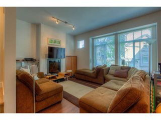 "Photo 2: 126 6299 144TH Street in Surrey: Sullivan Station Townhouse for sale in ""ALTURA"" : MLS®# F1429971"