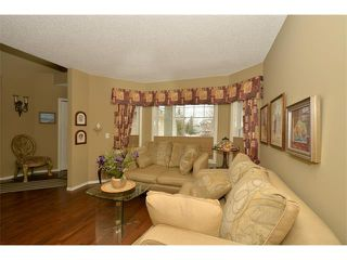 Photo 6: 536 DOUGLAS GLEN Point(e) SE in Calgary: Douglasglen House for sale : MLS®# C4002246