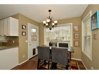 Photo 10: 536 DOUGLAS GLEN Point(e) SE in Calgary: Douglasglen House for sale : MLS®# C4002246