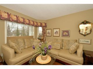 Photo 5: 536 DOUGLAS GLEN Point(e) SE in Calgary: Douglasglen House for sale : MLS®# C4002246