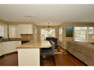 Photo 12: 536 DOUGLAS GLEN Point(e) SE in Calgary: Douglasglen House for sale : MLS®# C4002246