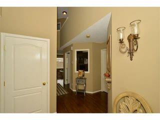 Photo 3: 536 DOUGLAS GLEN Point(e) SE in Calgary: Douglasglen House for sale : MLS®# C4002246
