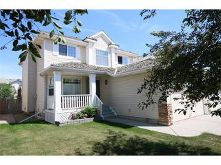 Photo 2: 536 DOUGLAS GLEN Point(e) SE in Calgary: Douglasglen House for sale : MLS®# C4002246