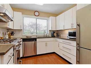 Photo 2: 327 E 11TH Street in North Vancouver: Central Lonsdale 1/2 Duplex for sale : MLS®# V1119339