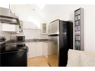 Photo 6: 15 1949 8TH Ave W in Vancouver West: Kitsilano Home for sale ()  : MLS®# V969121