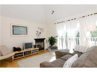 Photo 3: 15 1949 8TH Ave W in Vancouver West: Kitsilano Home for sale ()  : MLS®# V969121