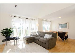 Photo 5: 15 1949 8TH Ave W in Vancouver West: Kitsilano Home for sale ()  : MLS®# V969121
