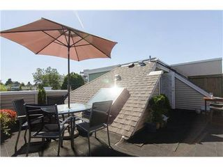Photo 2: 15 1949 8TH Ave W in Vancouver West: Kitsilano Home for sale ()  : MLS®# V969121