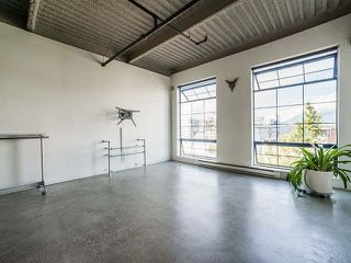 """Photo 9: 317 237 E 4TH Avenue in Vancouver: Mount Pleasant VE Condo for sale in """"ARTWORKS"""" (Vancouver East)  : MLS®# V1143418"""