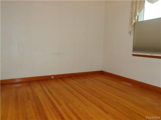 Photo 5: 496 Hethrington Avenue in WINNIPEG: Manitoba Other Residential for sale : MLS®# 1529502