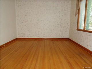 Photo 4: 496 Hethrington Avenue in WINNIPEG: Manitoba Other Residential for sale : MLS®# 1529502