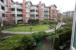 "Photo 12: 209 15350 16A Avenue in Surrey: King George Corridor Condo for sale in ""Ocean Bay Villas"" (South Surrey White Rock)  : MLS®# R2025593"