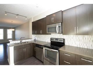 Photo 3: 334 ASCOT Circle SW in Calgary: Aspen Woods House for sale : MLS®# C4047112