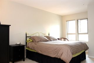 "Photo 8: 519 3132 DAYANEE SPRINGS Boulevard in Coquitlam: Westwood Plateau Condo for sale in ""LEDGEVIEW"" : MLS®# R2038972"