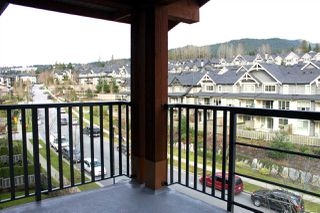 "Photo 13: 519 3132 DAYANEE SPRINGS Boulevard in Coquitlam: Westwood Plateau Condo for sale in ""LEDGEVIEW"" : MLS®# R2038972"