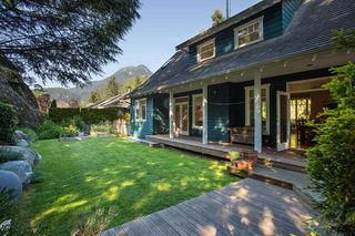 "Photo 18: 148 STONEGATE Drive in West Vancouver: Furry Creek House for sale in ""FURRY CREEK"" : MLS®# R2045429"