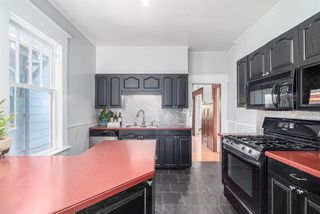 Photo 9: 1147 SEMLIN Drive in Vancouver: Grandview VE House for sale (Vancouver East)  : MLS®# R2079437