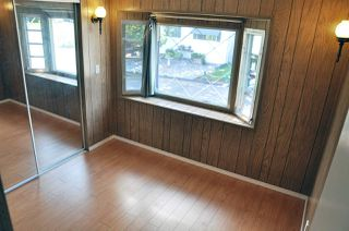 """Photo 4: 40 1840 160 Street in Surrey: King George Corridor Manufactured Home for sale in """"Breakaway Bays"""" (South Surrey White Rock)  : MLS®# R2081594"""