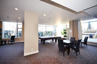 "Photo 15: 2706 280 ROSS Drive in New Westminster: Fraserview NW Condo for sale in ""CARLYLE"" : MLS®# R2082158"