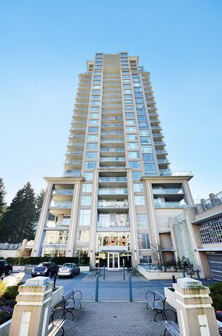 "Photo 1: 2706 280 ROSS Drive in New Westminster: Fraserview NW Condo for sale in ""CARLYLE"" : MLS®# R2082158"