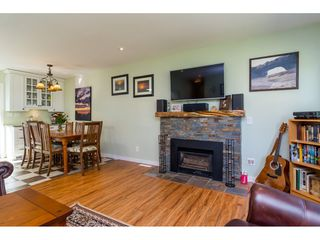 "Photo 7: 10125 HELEN Drive in Surrey: Cedar Hills House for sale in ""ST HELENS"" (North Surrey)  : MLS®# R2112637"