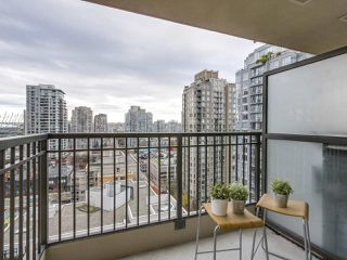 "Photo 10: 1606 989 RICHARDS Street in Vancouver: Downtown VW Condo for sale in ""MONDRIAN I"" (Vancouver West)  : MLS®# R2122201"