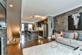 "Photo 5: 66 101 FRASER Street in Port Moody: Port Moody Centre Townhouse for sale in ""CORBEAU"" : MLS®# R2124526"