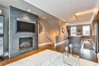 "Photo 4: 66 101 FRASER Street in Port Moody: Port Moody Centre Townhouse for sale in ""CORBEAU"" : MLS®# R2124526"