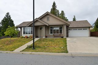 Main Photo: 5665 ANDRES Road in Sechelt: Sechelt District House for sale (Sunshine Coast)  : MLS®# R2144540