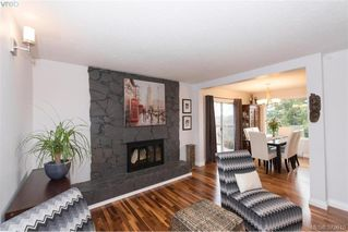Photo 2: 812 Elrick Place in VICTORIA: Es Rockheights Single Family Detached for sale (Esquimalt)  : MLS®# 375010