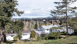 Photo 15: 812 Elrick Place in VICTORIA: Es Rockheights Single Family Detached for sale (Esquimalt)  : MLS®# 375010
