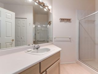 "Photo 12: 501 121 W 29TH Street in North Vancouver: Upper Lonsdale Condo for sale in ""Somerset Green"" : MLS®# R2145670"