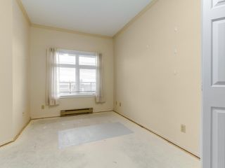 "Photo 11: 501 121 W 29TH Street in North Vancouver: Upper Lonsdale Condo for sale in ""Somerset Green"" : MLS®# R2145670"