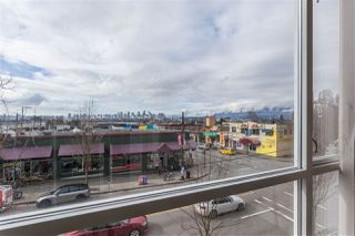"Photo 2: 304 1718 VENABLES Street in Vancouver: Grandview VE Condo for sale in ""CITY VIEW TERRACES"" (Vancouver East)  : MLS®# R2145725"