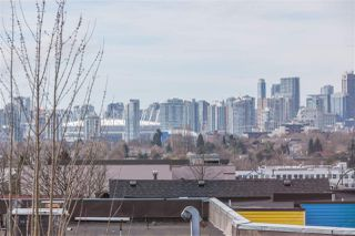 "Photo 3: 304 1718 VENABLES Street in Vancouver: Grandview VE Condo for sale in ""CITY VIEW TERRACES"" (Vancouver East)  : MLS®# R2145725"