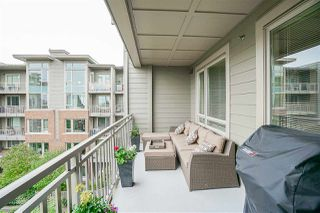"Photo 10: 423 119 W 22ND Street in North Vancouver: Central Lonsdale Condo for sale in ""Anderson Walk"" : MLS®# R2168632"